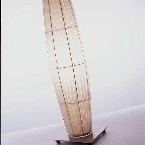 H163 Colonne lampe à poser
