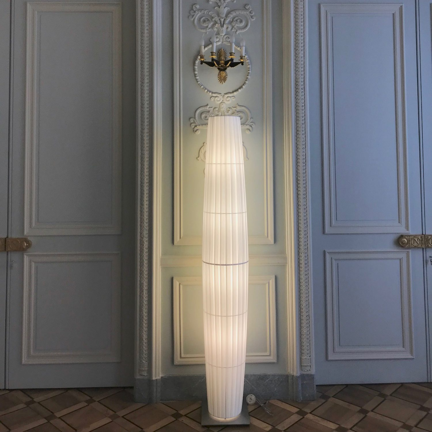 Colonne 1.90m ref.H161 - Conseil Constitutionnel de France / prescription Denise Omer Design